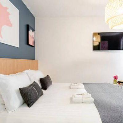 em room1
